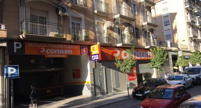 Consum obri dos nous supermercats a Granada i Barcelona