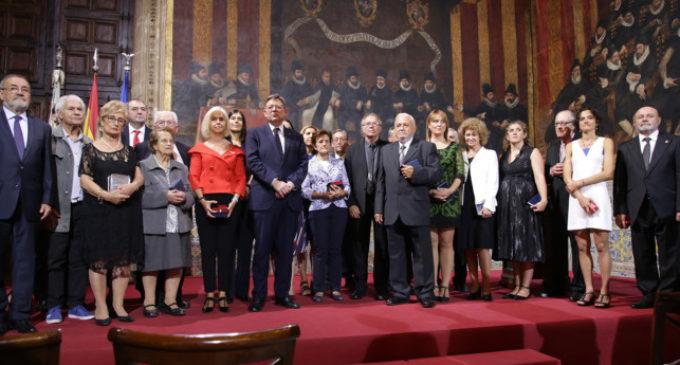 Joan Manuel Serrat i Hortensia Herrero reben l'Alta Distinció de la Generalitat Valenciana