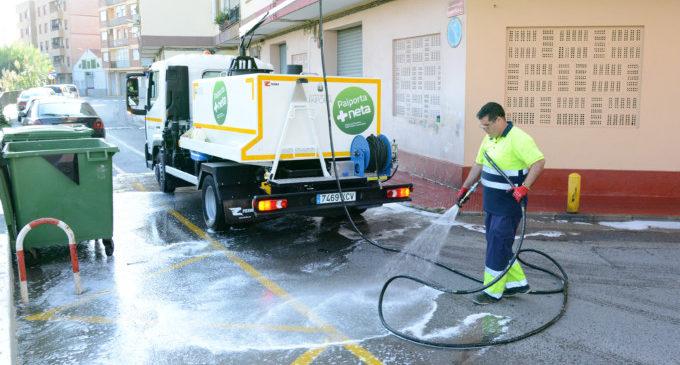 ESPAI adquireix un nou camió per a netejar els carrers i un furgó per a la recollida de trastos a Paiporta
