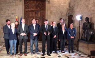 Puigdemont posa en escac al Govern de Rajoy