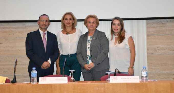La Diputació exposa el pla d'igualtat de la Comissió Europea en el Encuentro de Mujeres Andaluzas