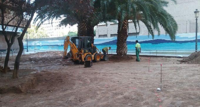 Remodelaciones de espacios verdes en Quatre Carreres y Pla del Real