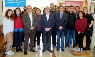 El curso de ventas y atención al cliente de Pactem Nord cierra con la visita del alcalde de Alboraya