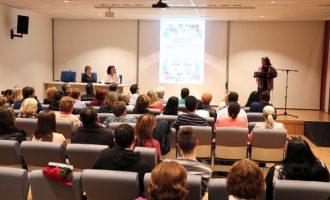 Los colegios de Torrent participan en una exposición contra la violencia de las mujeres