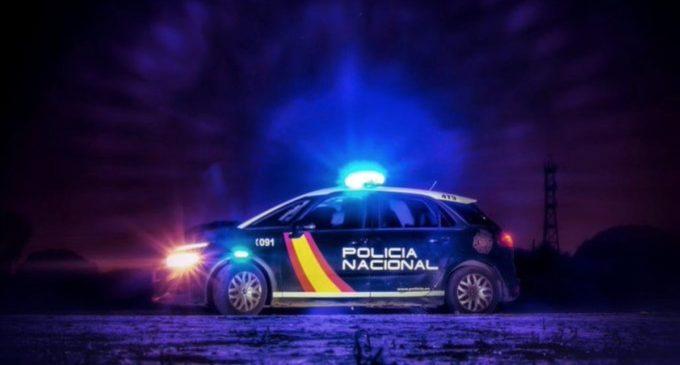 Detingut un home per mostrar els seus genitals a una empleada d'un pub a València
