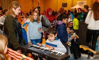 El Joc Solidari de Mislata omple El Quint de jocs i tallers en favor dels xiquets sahrauís