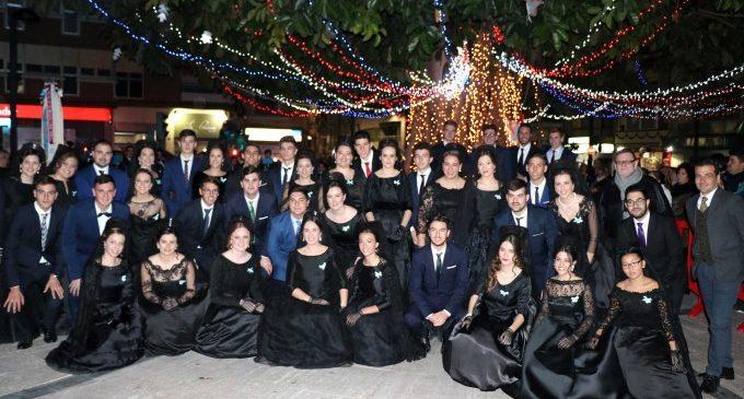 El Nadal arriba a Torrent amb la festivitat de la Immaculada i l'encesa de llums nadalenques