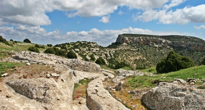 La Font de la Figuera obri les portes de «Fotoibers», una mostra amb instantànies dels jaciments arqueològics valencians