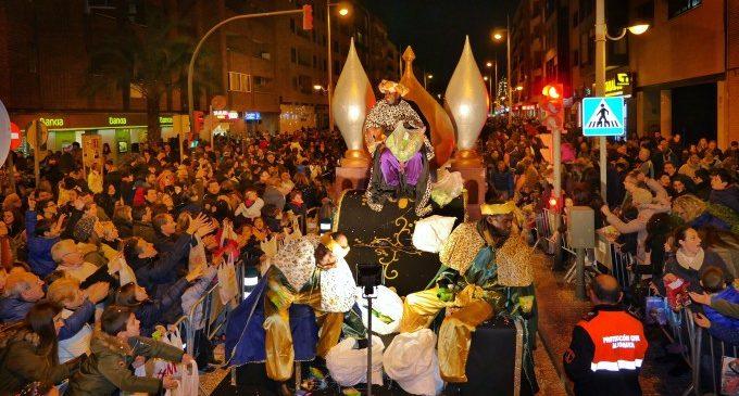 Cavalcada Reis Mags d'Orient València 2018 en directe