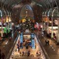 El Mercat de Colón es vesteix de Nadal amb la Mostra d'Artesania