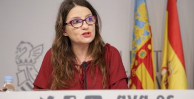 """Oltra desea unas relaciones """"cordiales"""" al nuevo alcalde de Alicante"""