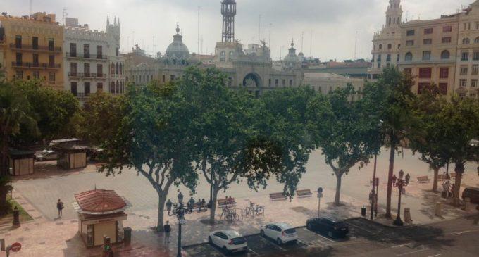 Valencia en Bici pide la pacificación de la Plaza del Ayuntamiento mientras llega la peatonalización