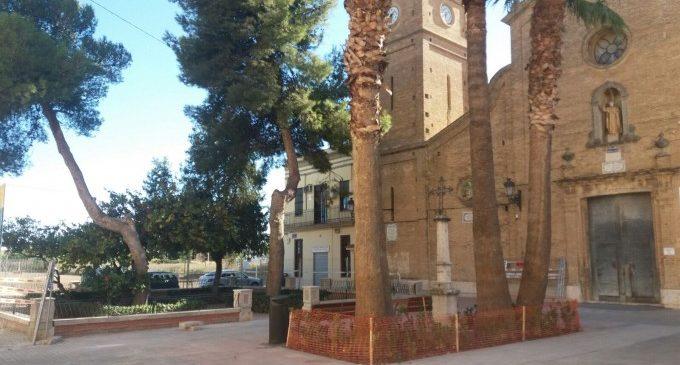 Remodelació de la plaça de l'església de la Font de Sant Lluís
