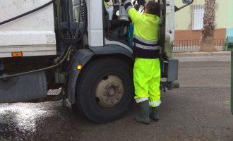 Comença el procés de neteja específica dels carrers de Manises