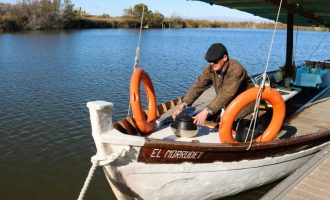 Catarroja ofrece en FITUR paseos en barca con degustación de allipebre y cervezas artesanales