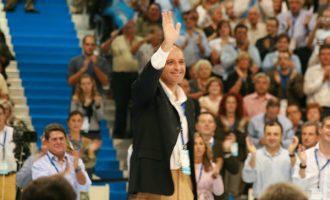Camps, també imputat per la visita del Papa en 2006