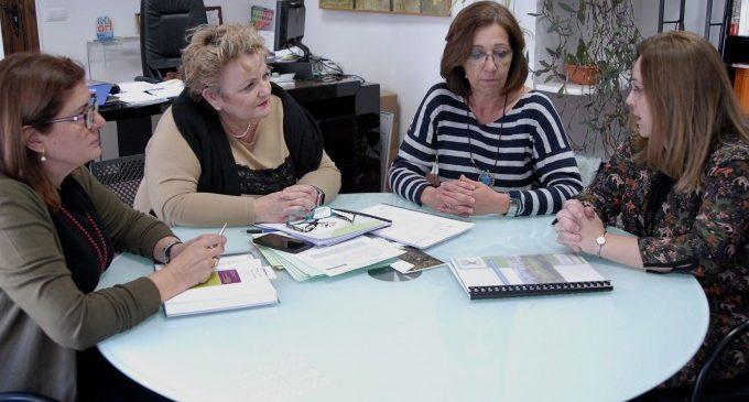 La Diputació estudia intensificar la seua implicació en programes d'envelliment actiu