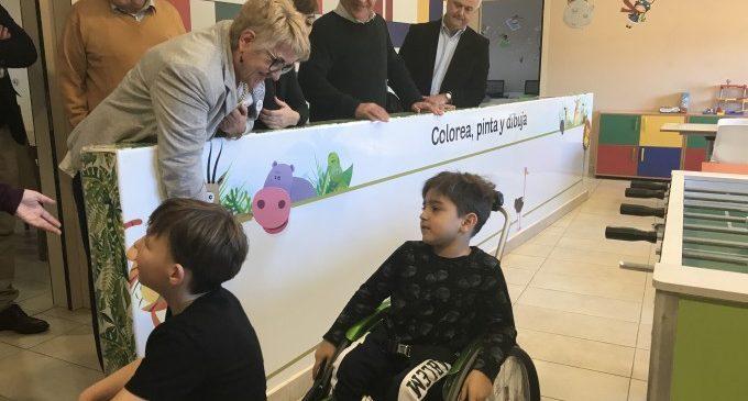 Ribó i Castillo visiten la Casa Ronald McDonald, que acull a famílies amb fills malalts