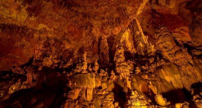Descobreix les coves més sorprenents de la Comunitat Valenciana
