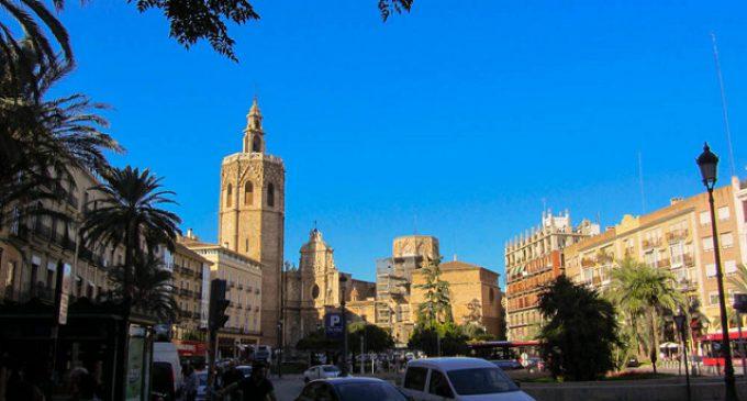 Grezzi: 'El tráfico en las plazas no hace que sean un lugar amable donde disfrutar del entorno monumental'