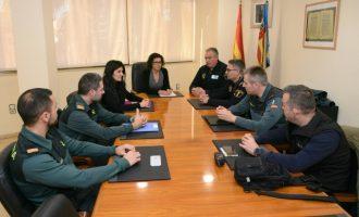 Paiporta se reúne con las fuerzas de seguridad para abordar los ataques a vehículos