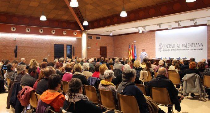 Educació presenta el llibre '20 mestres del segle XX al País Valencià'