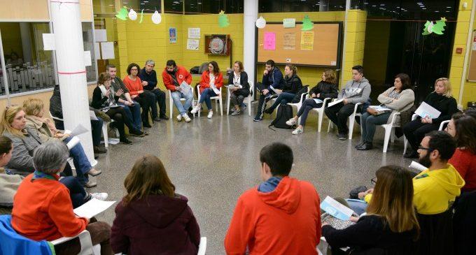 Reunió informativa amb entitats locals per a presentar-los el projecte de Joventut