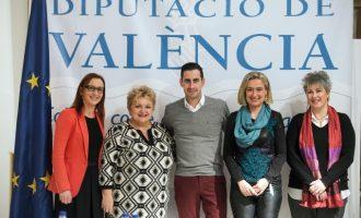 Maria Josep Amigó: «El conjunt de nous centres socials afavoriran la igualtat d'oportunitats i pal·liaran el despoblament de les zones d'interior»