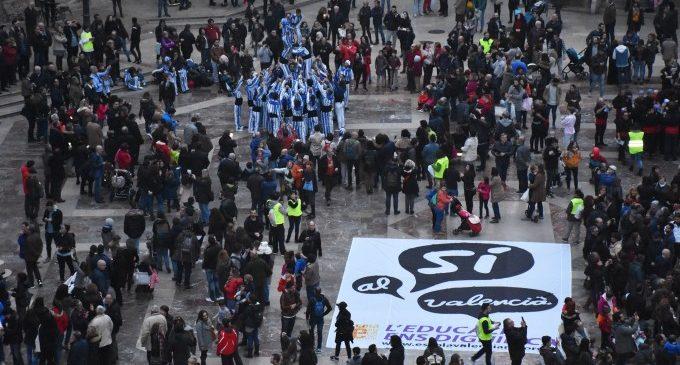 Acció Cultural convoca la marxa del 25 d'Abril per al dissabte 13 amb el lema 'Perquè no torne el passat