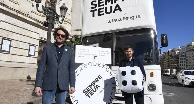El bus de la llengua recorrerà els carrers de València en Falles