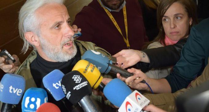 Alberto Fabra desaira a Camps i el 'ionqui dels diners' l'assenyala