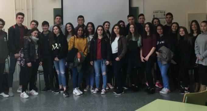 """L'alumnat de l'IES 25 d'Abril d'Alfafar finalitza el projecte """"Recrea"""""""