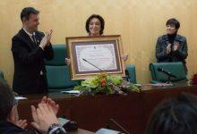 La pintora Antonia Mir rep el títol de filla predilecta de la Vila de Catarroja