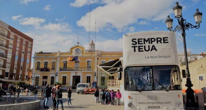 Burjassot, primera parada del Bus de la Llengua