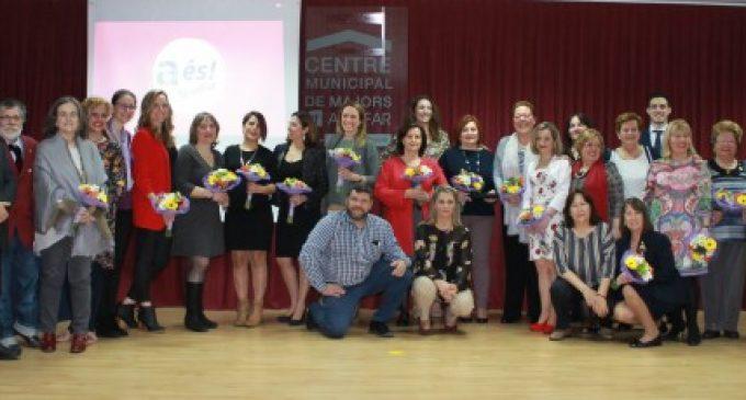 Alfafar premia a diferents dones per la seua labor