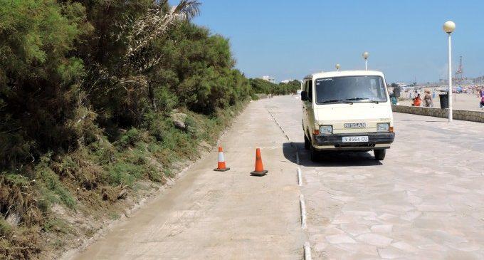 Neteja del carril bici entre Pinedo i el Saler