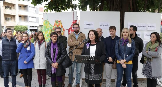 """Torrent reivindica """"l'eradicació del masclisme"""" en el Dia de la Dona"""