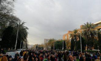 Más de 50 heridos y 3 detenidos en las manifestaciones de Cataluña