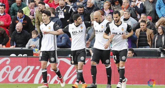 El València CF gana davant l'Alabès (3-1)
