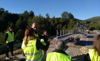 Diputació pone en marcha el proceso para ampliar la carretera y renovar la vía ciclopeatonal entre Anna y Chella