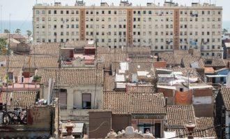'En els Blocs Portuaris viuen famílies humils que participen activament en el barri'