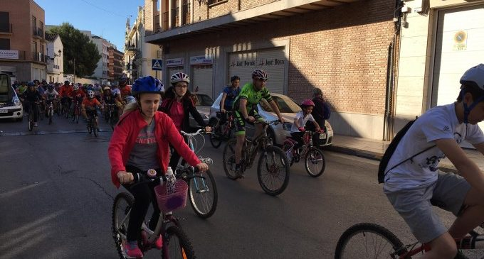 Rafelbunyol celebra el seu dia de la bici