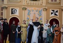 Una processó recorre València en honor a Sant Vicent Ferrer