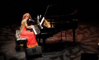 Carmen París presenta el seu nou espectacle al Palau de la Música de València