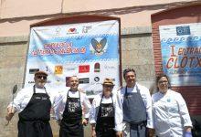 """Cuiners valencians celebren les jornades de la clòtxina """"Del Tros al Plat"""" simultàniament en onze municipis"""