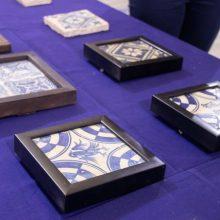 Alaquàs recupera 28 azulejos expoliados del Castell