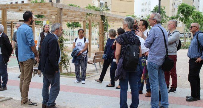 Continuen els passejos Jane's Walk per València