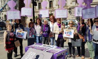 'Senyor Rajoy, Quant valen les vides de les dones?'