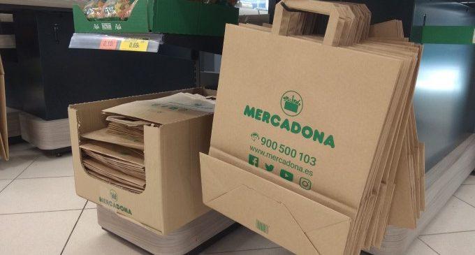 Mercadona canvia les bosses de plàstics per bosses de paper