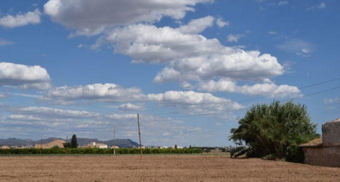 Burjassot acull la visita d'una ITV mòbil per a vehicles agrícoles